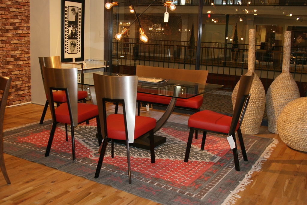 Motion Depot By Reflections Dining Room Elite Table