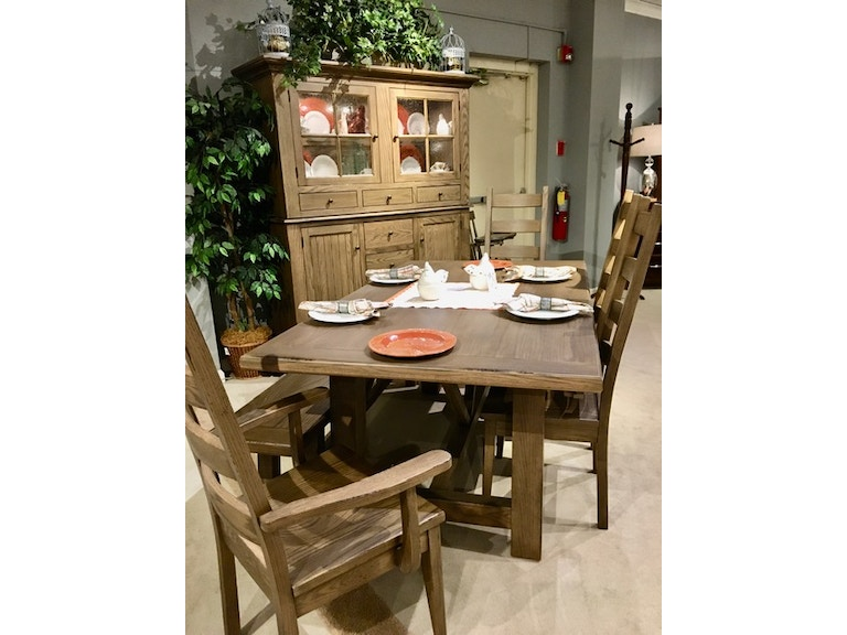 Amish Oak And Cherry Clearance Center Dining Room Solid Oak Dining Table Group By Canal Dover