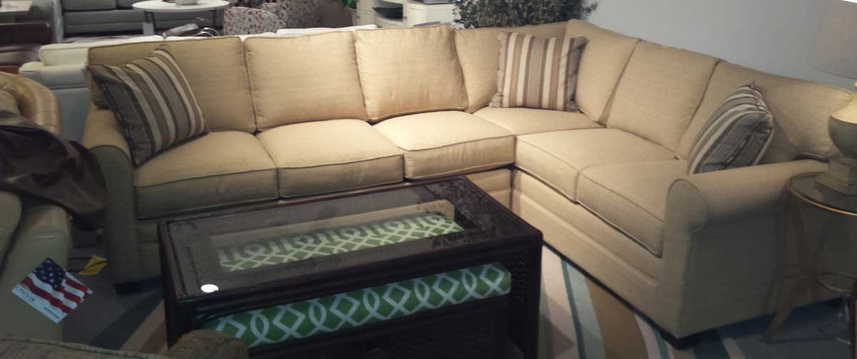 Braxton Culler Bedford Sectional With Air Mattress 728 A18, 0A4