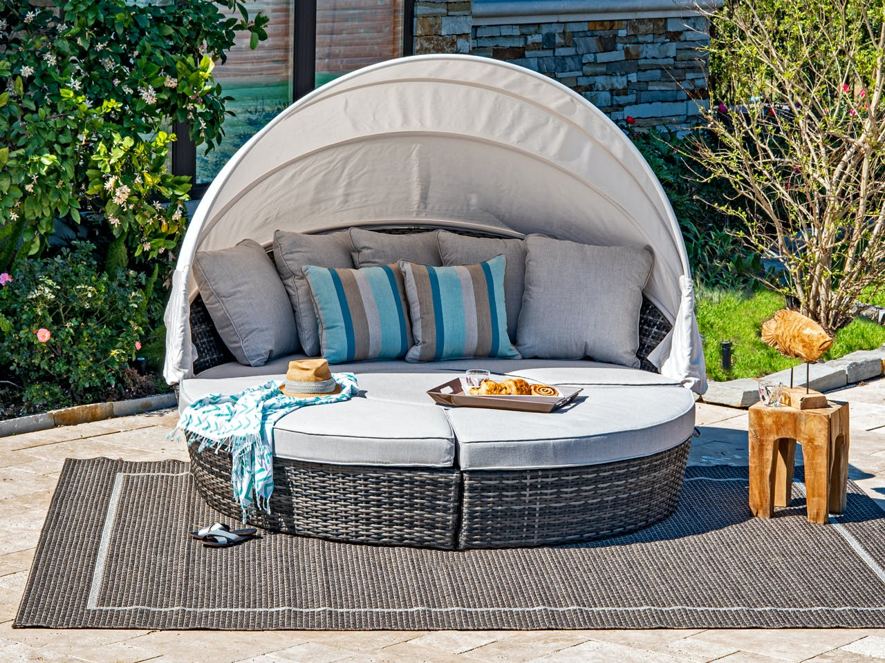 Picture of: Living Room Havana Husk Outdoor Wicker And Cast Silver Cushion 4 Pc Daybed With Canopy 3764115