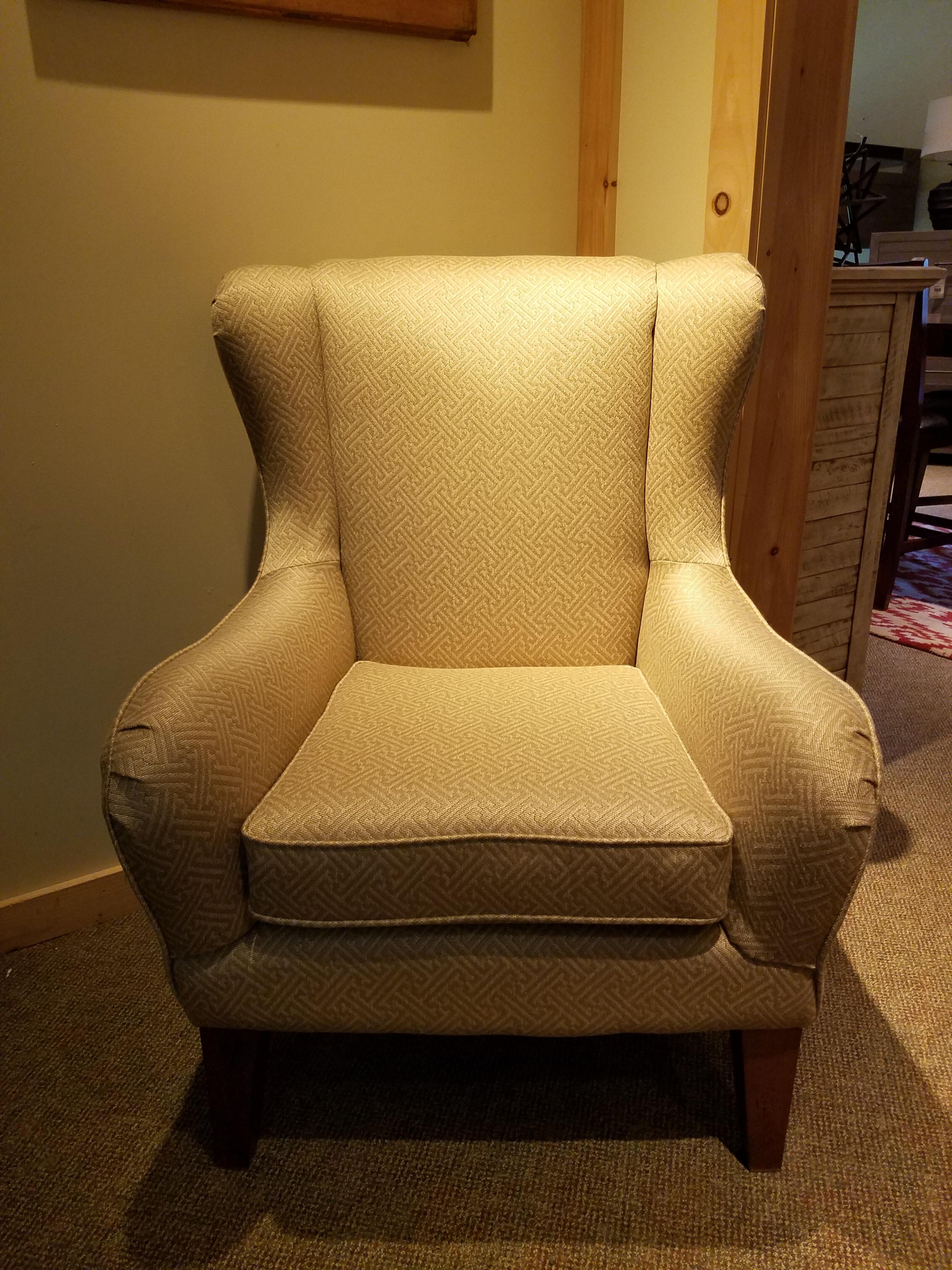 Merveilleux Clearance Chair