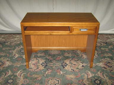 Lea Hangtime Desk--Warehouse Clearance, As is. Item is New. 710341