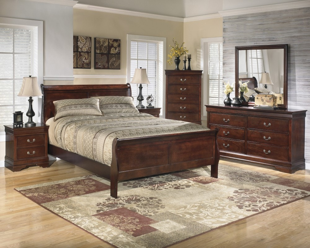 Ashley Queen Bedroom Set: Dresser, Mirror, And 3 Pc Bed Ashley 376 BS
