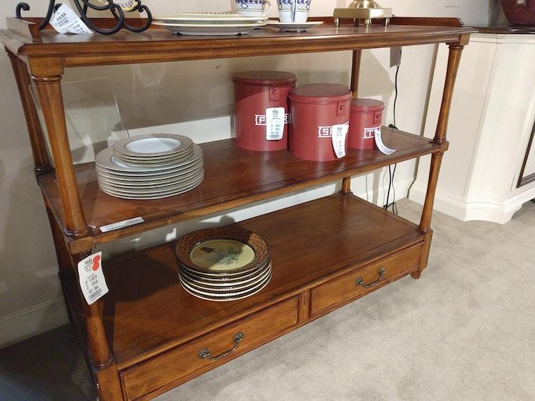 Clearance Thomasville Furniture Queen 5 Piece Bedroom 80611 Priba