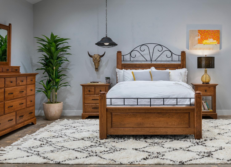 Wonderful Coal Creek. Master Bedroom Set