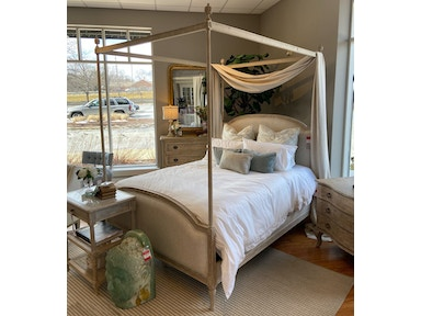 Clearance Canopy Beds