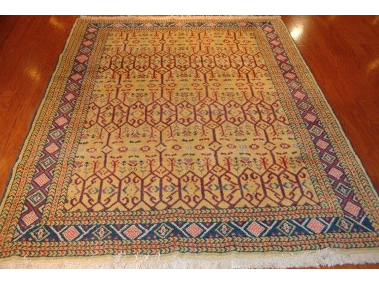 Unique Oriental Rugs More One Of A Kind Fine Old Persian Nahavand