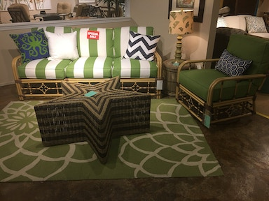 Hickory Park Furniture Outlet Mimi Celerie Outdoor Group by Lane Venture 216-03