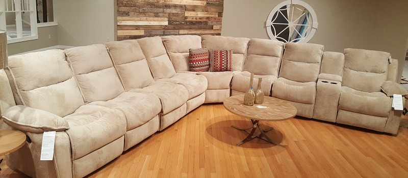 Heritage Furniture Outlet Living Room Castaway Reclining Sectional (SKU:  27103) Is Available At Hickory Furniture Mart In Hickory, NC And Nationwide.