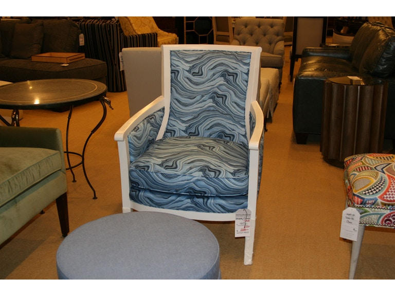 Hickory Chair Factory Outlet Living Room With Wood Trim Sku 5422 22 Is Available At Furniture Mart In Nc And Nationwide