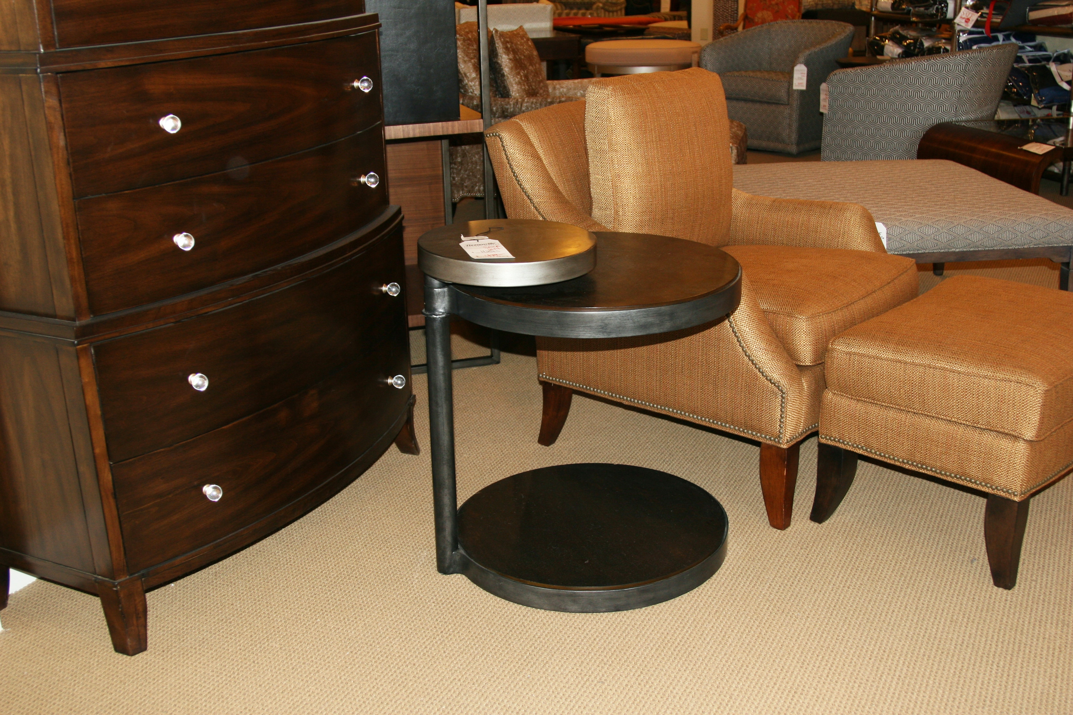 Thomasville Factory Outlet Round End Table 85591 225