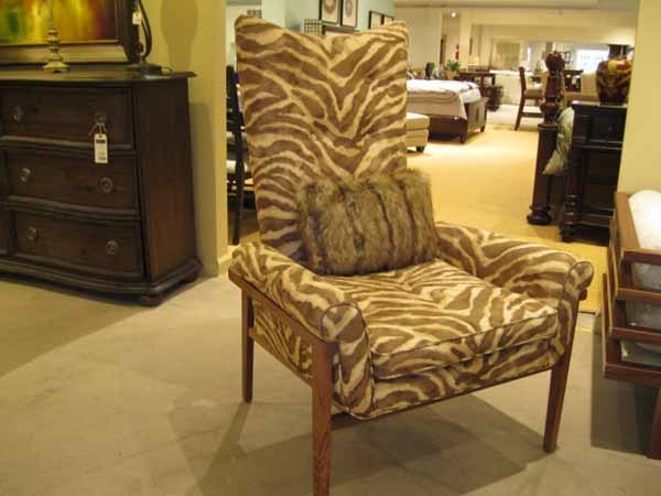 Heritage Furniture Outlet Burton James Chair 1013
