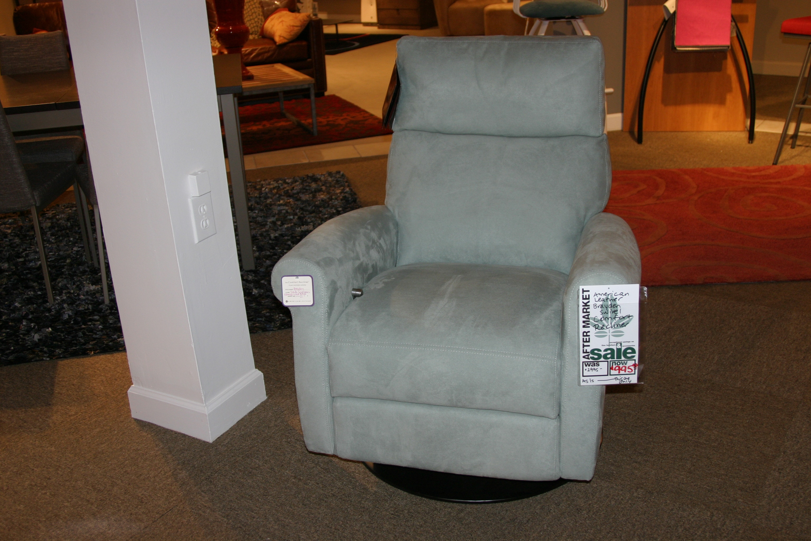 Reflections Furniture Outlet Brayden Swivel Comfort Recliner By American  Leather BRD RV5 ST