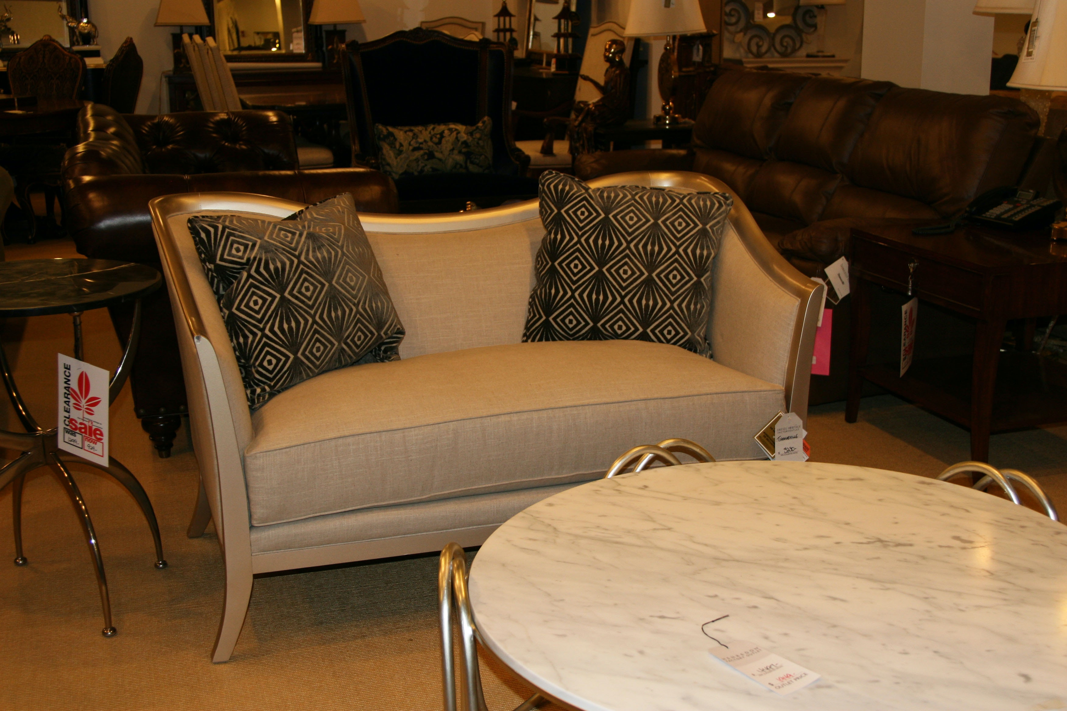 factory outlet furniture thomasville factory outlet furniture hickory furniture 570