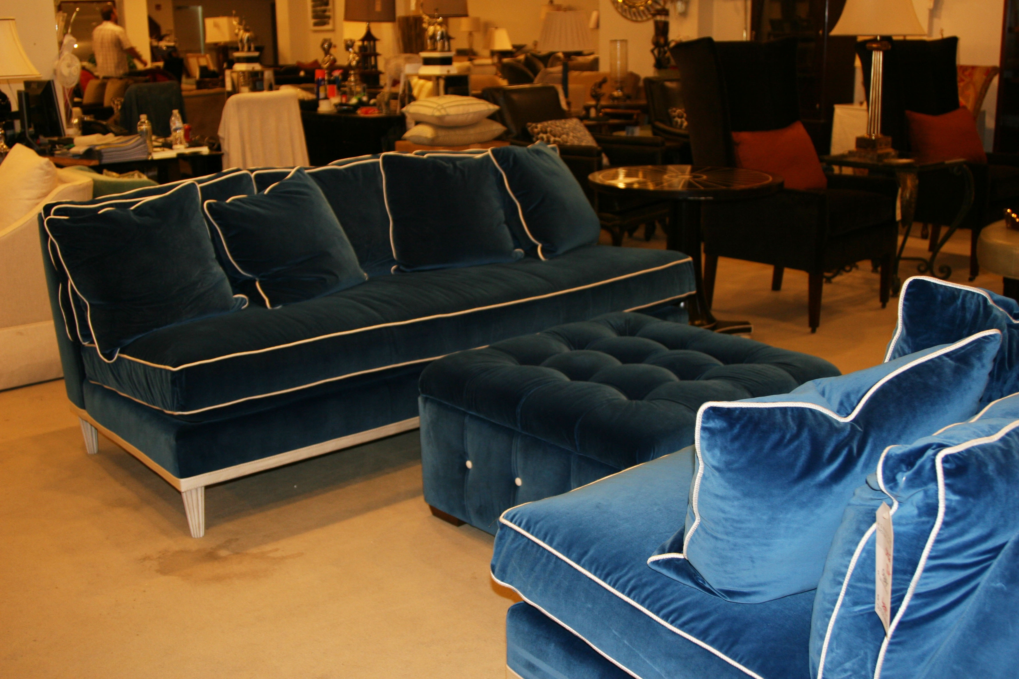h1654f velvet sofa by henredon furniture