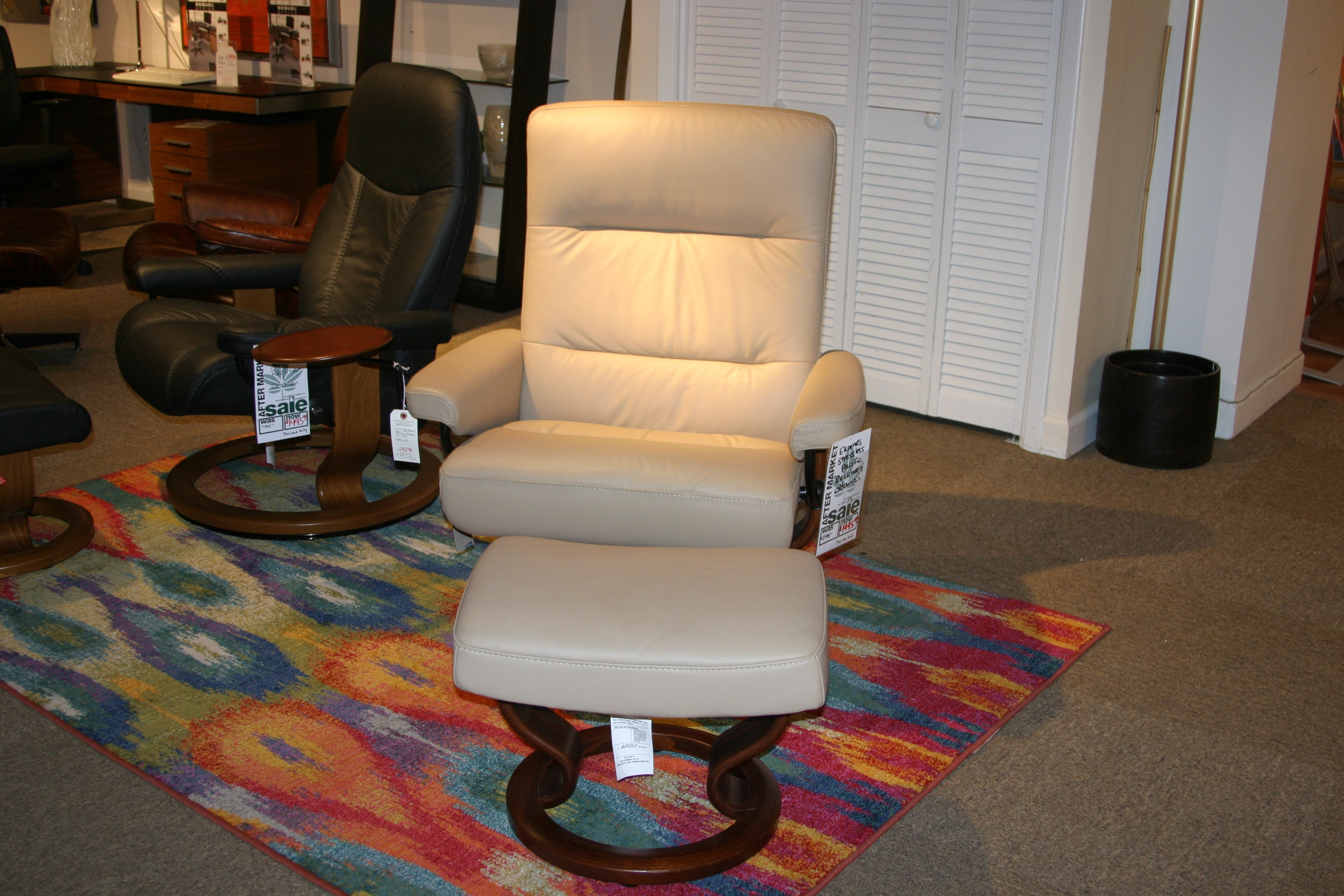 reflections furniture outlet ekornes stressless pacific recliner and ottoman stressless recliner