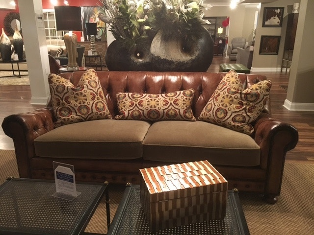 Reflections Furniture Outlet Sofa By Whittemore Sherrill 231 Sofa