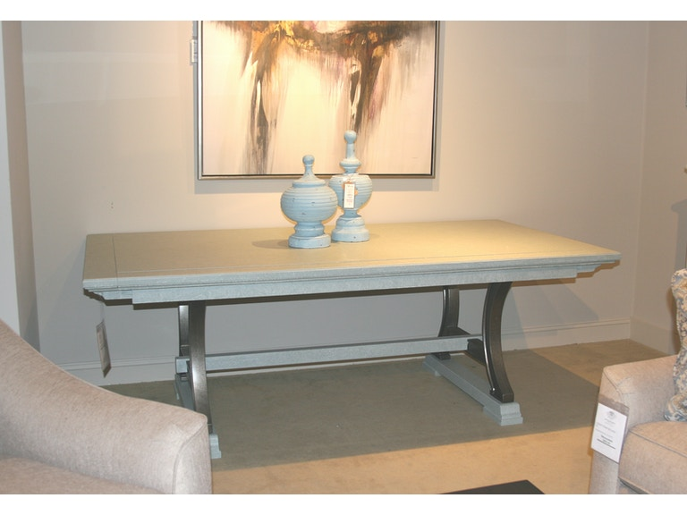 062 H1 36 Outlet Stanley Furniture Coastal Living Resort Dining Table Clearance
