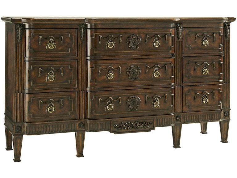 Fine furniture design 1340 124 bedroom triple dresser for Furniture 124