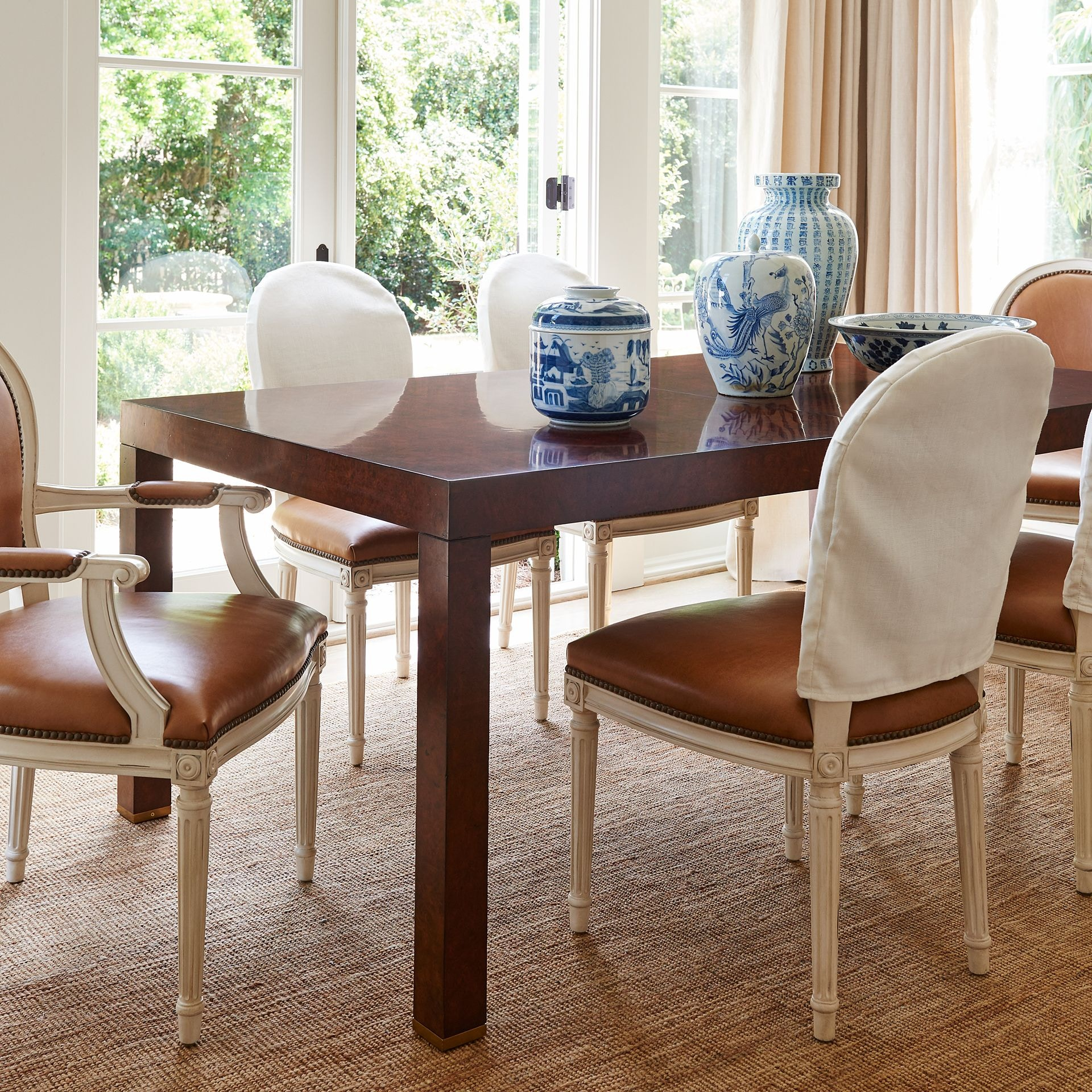 Henredon Furniture Mark D. Sikes Bel Air Parsons Dining Table 2401 20 806