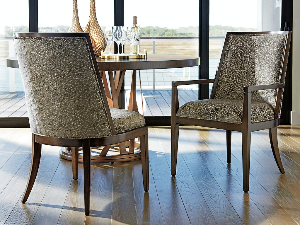 Lexington furniture dining room zavala ellipsis for Lexington furniture