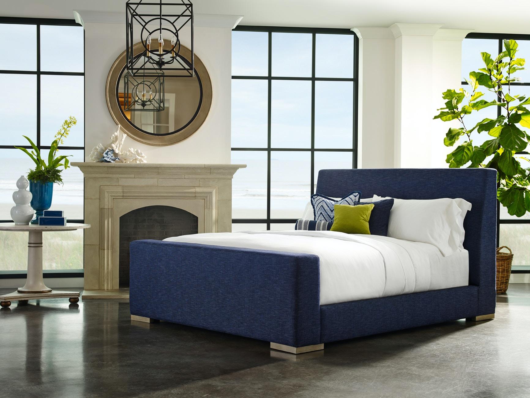 Lillian August Furniture Bedroom Lange Sleigh Bed La15523