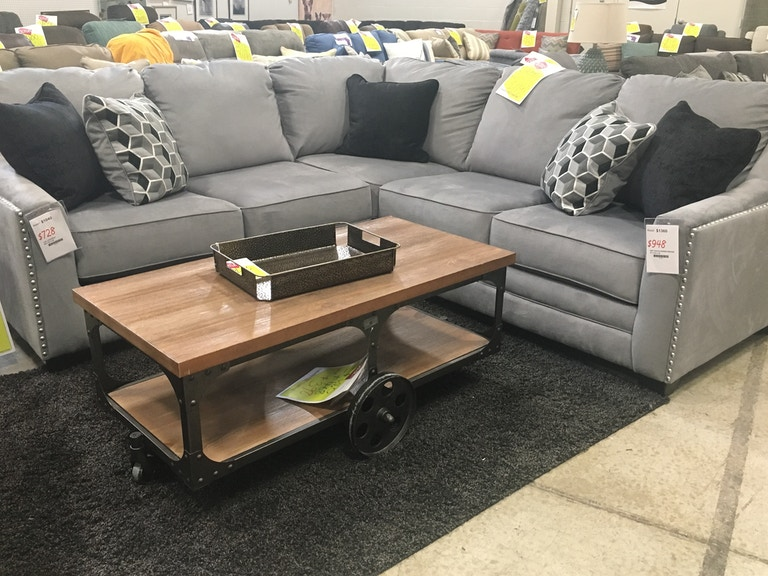 Interiors Outlet Sectional Sofa 1587 8620449 0455